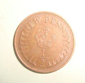 1973 12 PENNY QUEEN ELIZABETH DECIMAL COIN CIRCULATED - London, United Kingdom - 1973 12 PENNY QUEEN ELIZABETH DECIMAL COIN CIRCULATED - London, United Kingdom