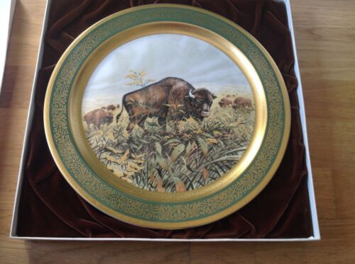 Pickard China USA Charger 33cm American Buffalo 1976 by James L Lockhart Boxed