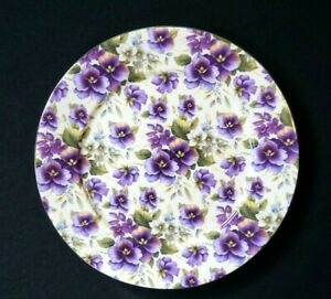Maxwell-Williams-Cream-Pansy-Dinner-Plate