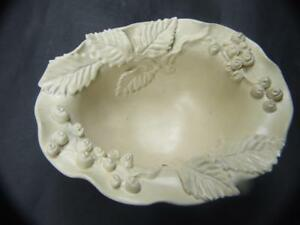 Castle-Harris-Australian-Pottery-Footed-Bowl-w-Applied-Leaves-amp-Berries-Vintage