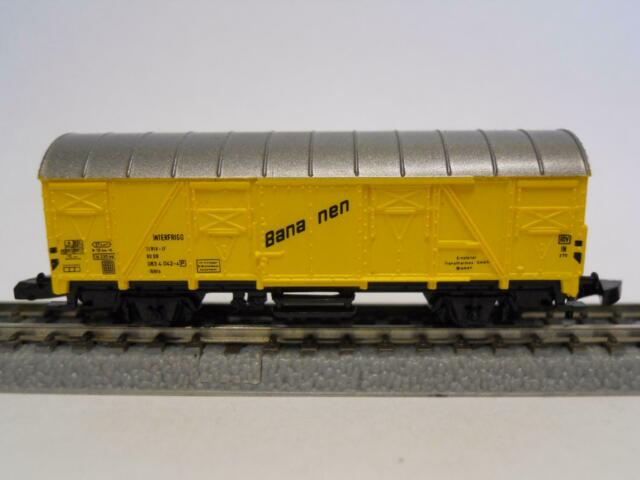 MÄRKLIN MINICLUB 8606 gedeckter Güterwagen BANANEN (32618)