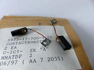 NOS  Deutsche Carbon 4 x  Kohlebürste Kontaktbürste EG367J  32 x 12,5 x 10 mm