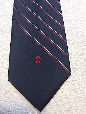 Accurato Vintage Etienne Aigner Cravatta Uomo 3.25 X 58 Blu Navy Con Rosso Righe Bianche Vivace E Grande Nello Stile