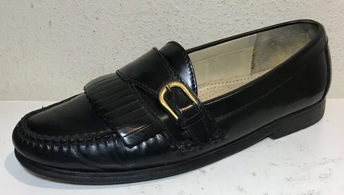Cole Haan Men Dress shoes Size 8 Black Leather Loafers Flats Buckle Detail EUC