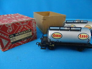 Marklin-4501-304-ETanker-Car-ESSO-version-1-1952-set-of-2-in-OVP