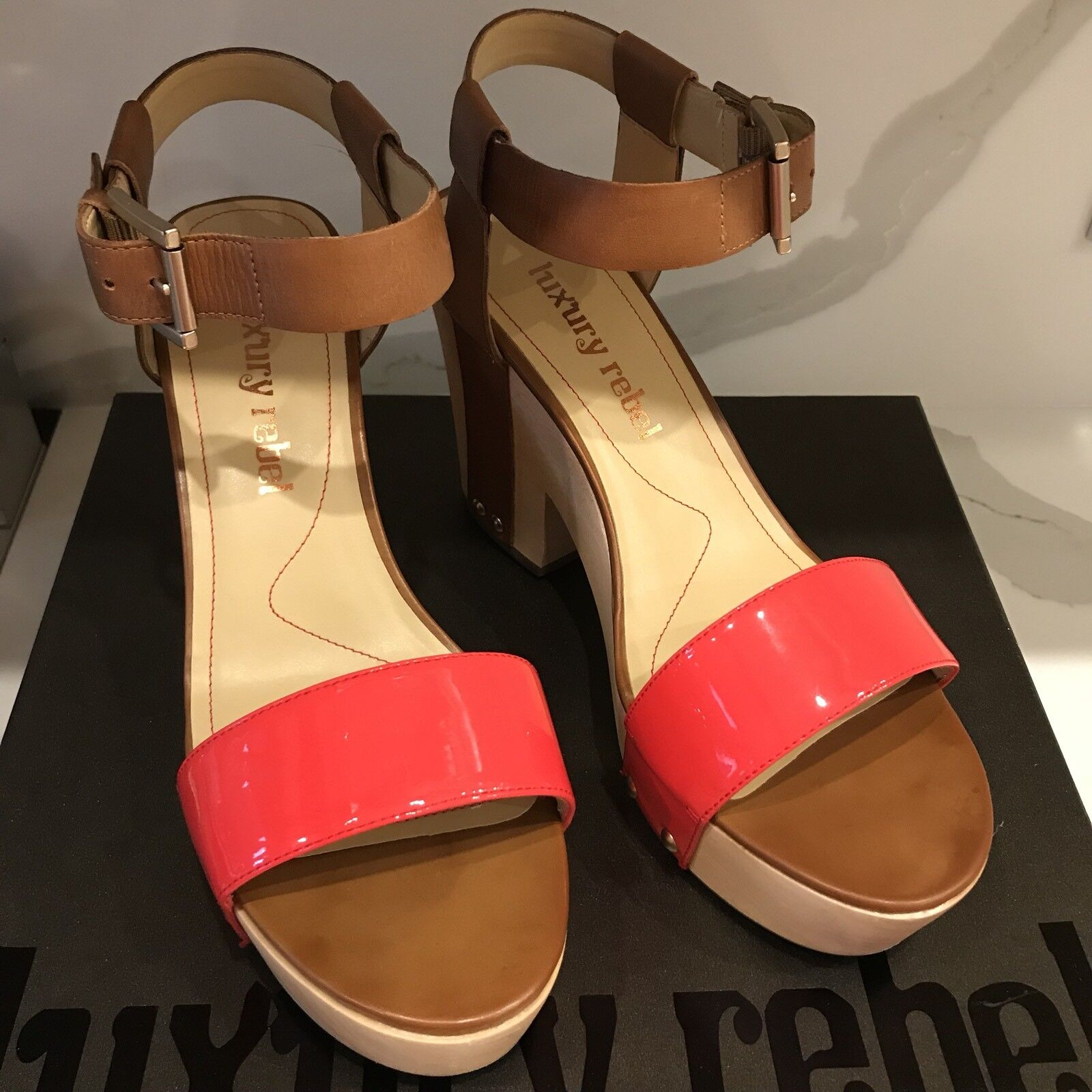 Luxury Rebel Donna  scarpe Fern Wood Platfrom Ankle Ankle Ankle Strap Coral Patent 9 1 2M 7fd2dc