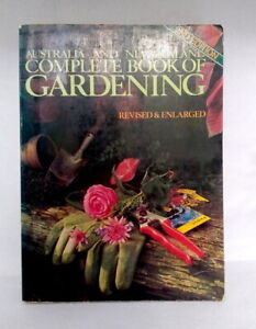Australia and New Zealand Complete Book of Gardening vintage paperback manual 78