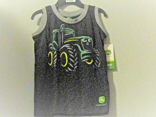 John Deere boys black sleeveless A-shirt /'glow in the dark/' black w//tractor