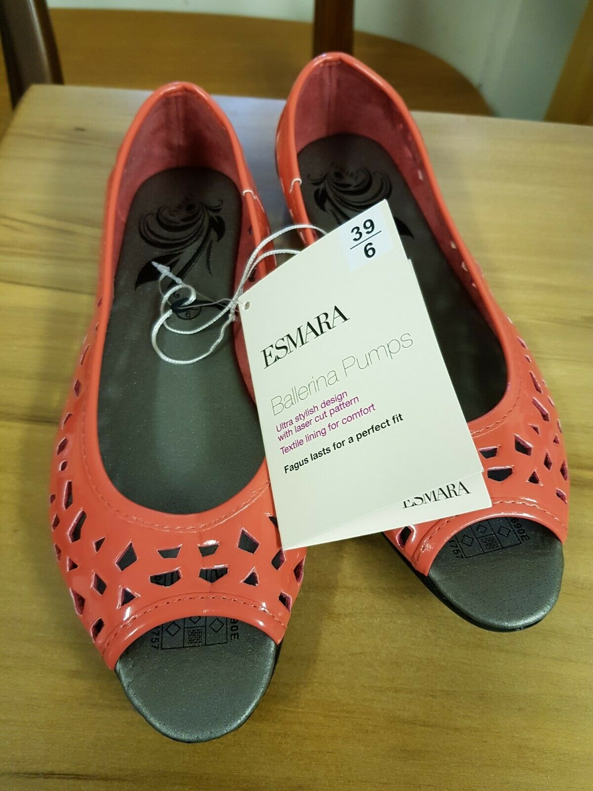 New with Tags Coral Coloured Ballerina Pumps by Esmara, Size UK 6