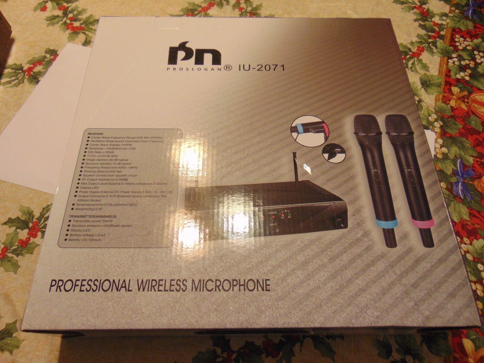 PROFESSIONAL WIRELESS MICROPHONE BY PROSLOGAN IU-2071