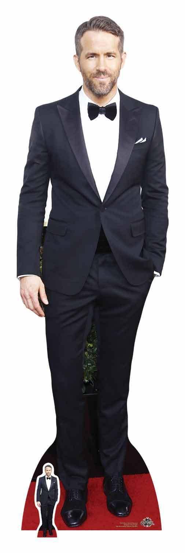 Ryan Reynolds in Smoking Lebensechte Größe und Mini Pappfigur Aufsteller | Abgabepreis  | Haltbar