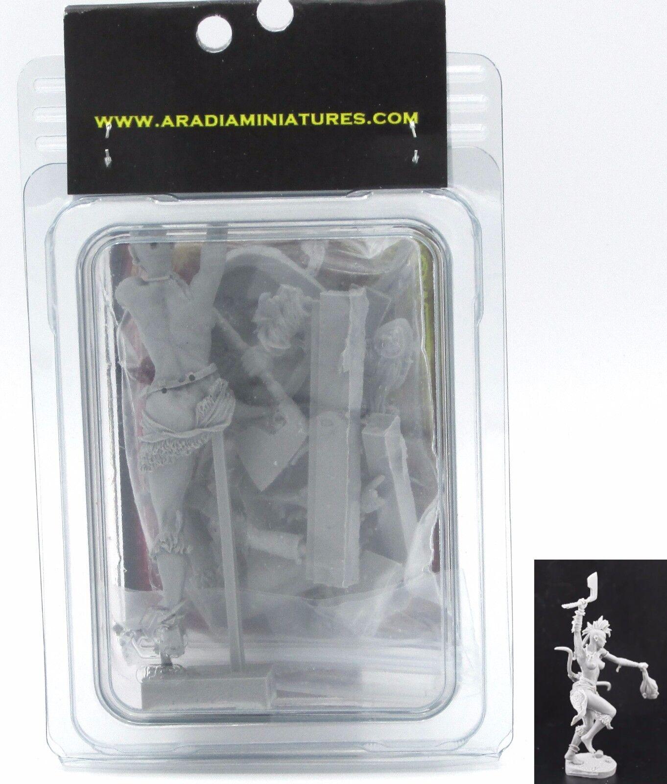 Aradia Yarish the Barbarian (1) 75mm Miniature Female Warrior Berserker Hero NIB