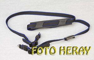 Minolta-Tragegurt-fuer-Minolta-und-diverse-Kameras-02437