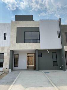 Casa con roof garden, entrega inmediata, parque con alberca y gym, Cascatta II.