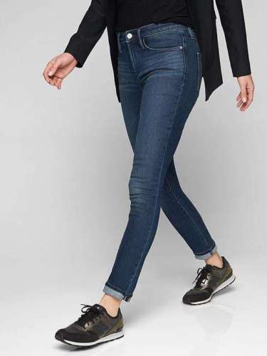 EUC Athleta Sculptek Skinny Jean in Dark Wash Size 2      E1030