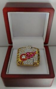 Steve-Yzerman-2002-Detroit-Red-Wings-Stanley-Cup-Hockey-Ring-WITH-Wooden-Box