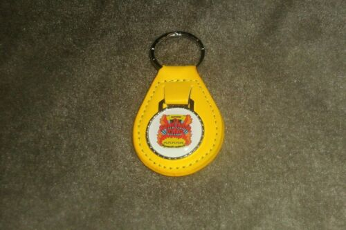 PLYMOUTH SATELLITE FURY DUSTER /'CUDA SCAMP RAPID TRANSIT SYSTEM KEYCHAIN YELLOW