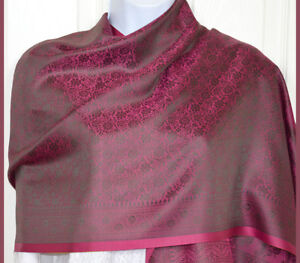 Banaras-Silk-Magenta-Woven-Floral-Paisley-Design-Shawl-Wrap-Stole-with-Fringes