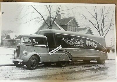 """12 By 18"""" Black & White Picture Ford Special streamline cabover LaSalle Wines"""