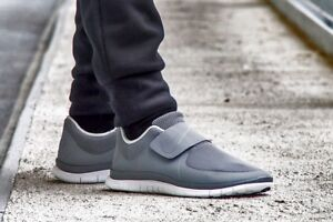 7a81d47da6991 Image is loading NIKE-FREE-SOCFLY-Trainers-Shoes-Gym-Running-Casual-