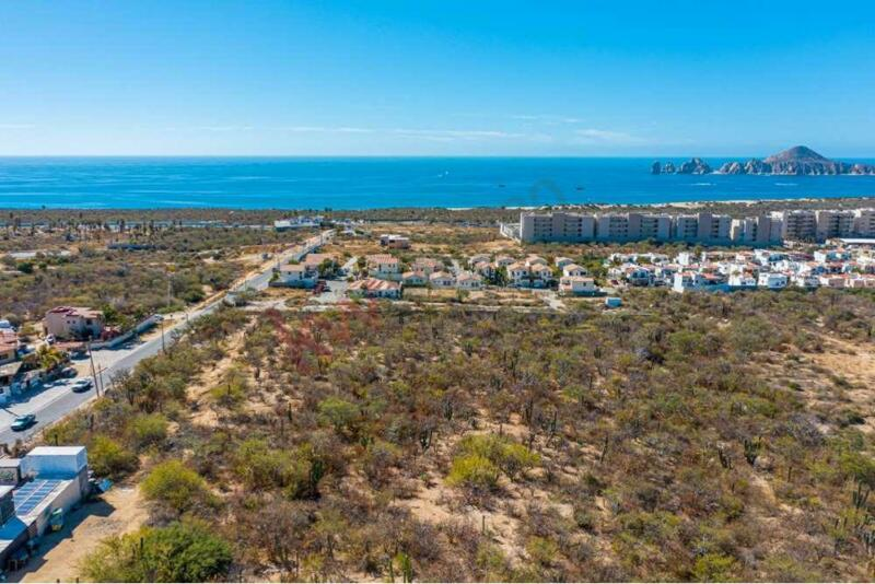 Se Vende Excelente terreno para desarrollo Residencial en El Tezal, Cabo San Lucas