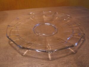 ancien ustensile de cuisine plat à gâteaux en verre ( tarte , mignardise  )