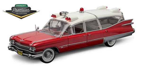 vertlumière Cadillac Ambulance 1959 rouge and blanc 1 18 pc1800   liquidation de la boutique