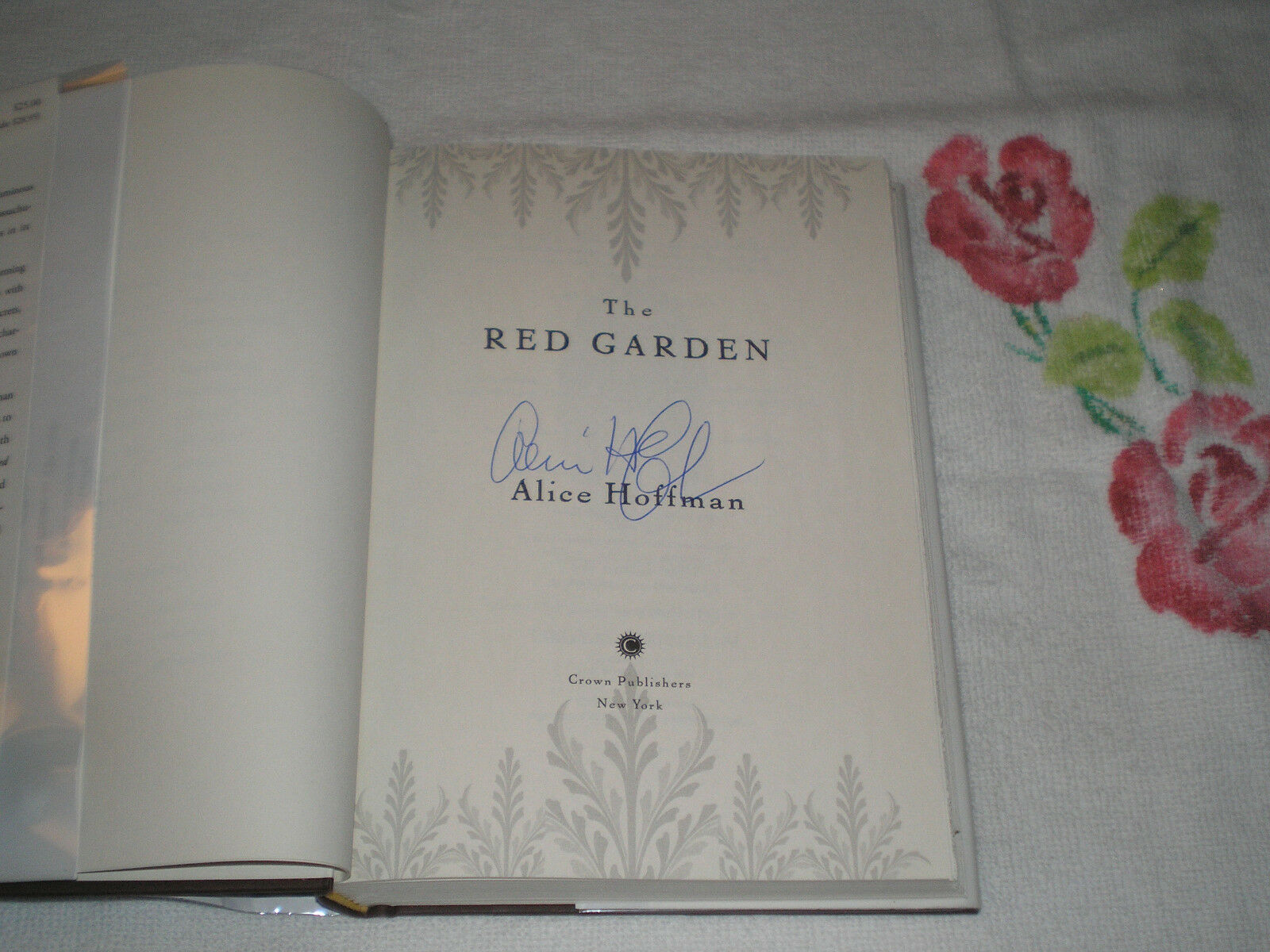 The Red Garden By Alice Hoffman 2011 Hardcover For Sale Online