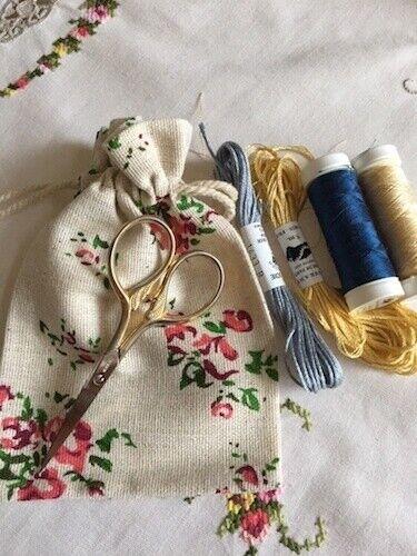 Small Floral Sewing//Trinket Bag Reflets de Soie