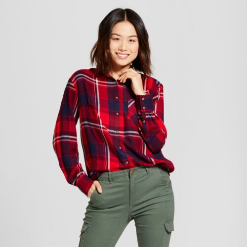 A New Day Red//Navy Large NWT Women/'s Plaid Any Day Button Down Shirt