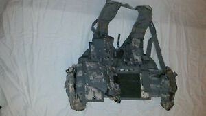 LIGHTWEIGHT-MOLLE-II-ACU-FLC-ADJUSTABLE-FIGHTING-LOAD-CARRIER-W-POUCHES-JJ-1017