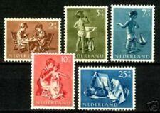 Nederland 649-653  Kinderzegels  1954       LUXE POSTFRIS/MNH
