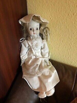 Suche Nach FlüGen Romantische Antik Puppe Mit Porzellan Kopf Und Hände Ca 50cm Clear-Cut-Textur