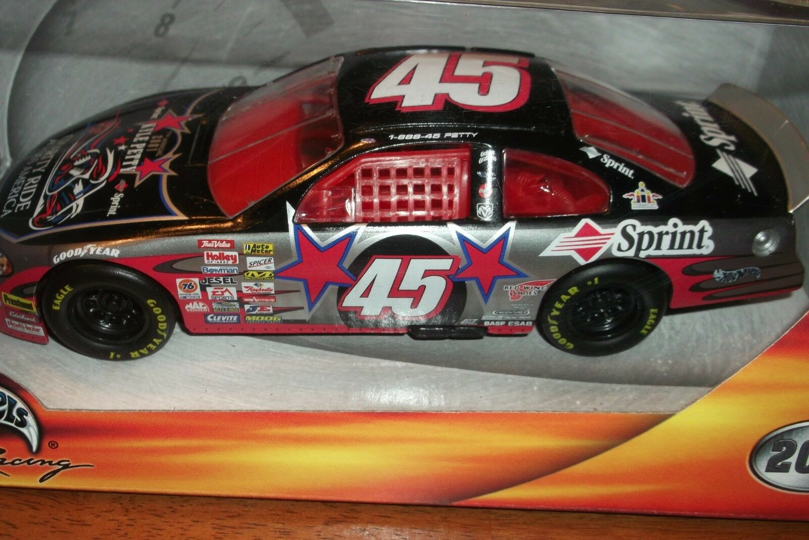 KYLE PETTY CHARITY RIDE SPRINT NASCAR HOT HOT HOT WHEELS RACING 2001 1 24 SCALE (57) 494e68