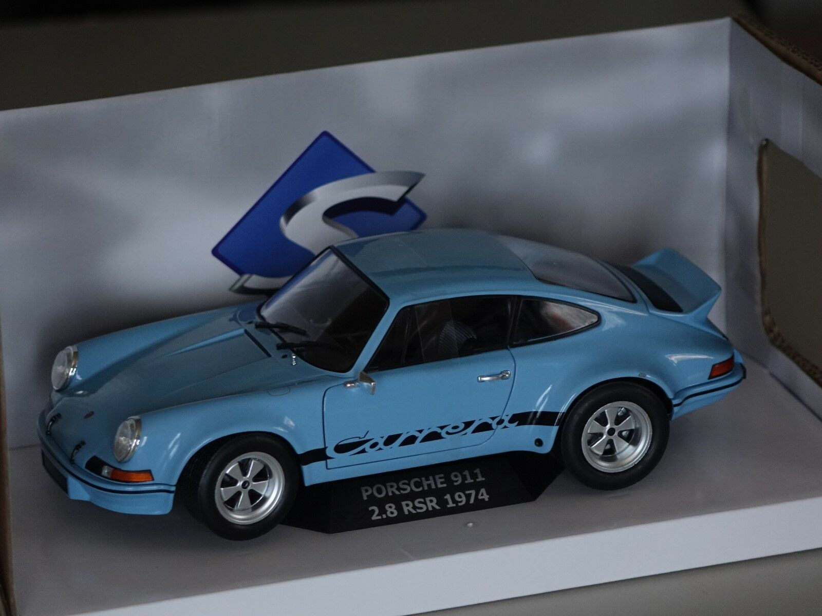 PORSCHE 911 RSR 2,8 1974 bleu 1 18 Solido 118409 NEUF  neuf dans sa boîte