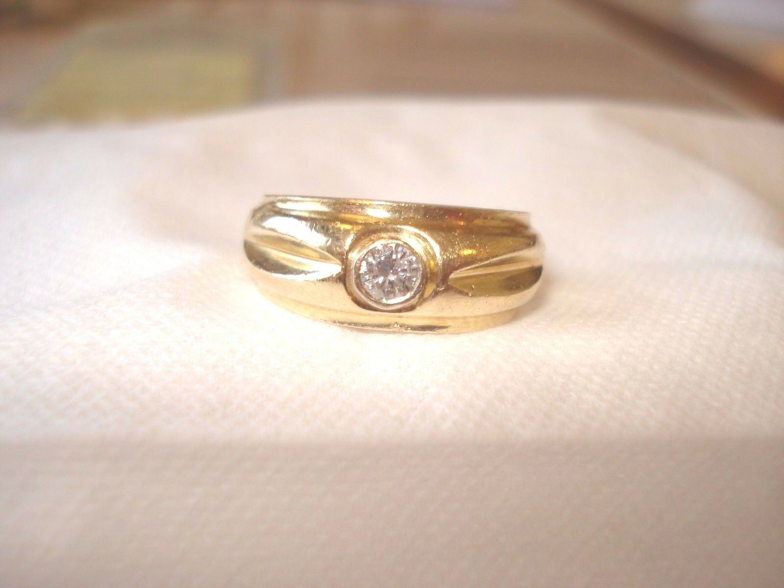 14K Yellow Solid gold Diamond Engagement Ring (.20 ct) Size 6.25 - Grams 5.8