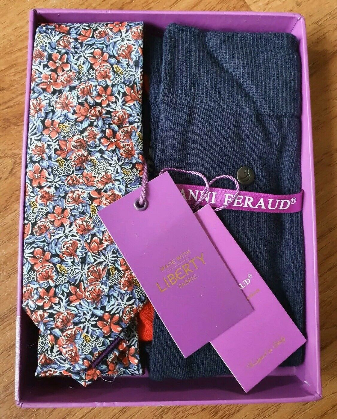 Gianni Feraud Liberty Floral Print Tie & Socks Gift Set Blue Red Cotton Rrp