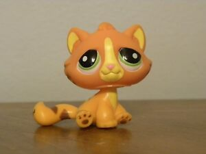 Littlest-Pet-Shop-LPS-1834-Cat-Striped-with-Green-eyes