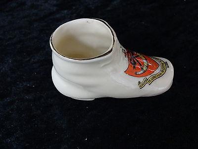 Carlton China modelo de una bota/zapato con Ripon Crest