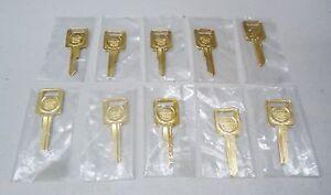 GM-CADILLAC-24K-GOLD-PLATED-BLANK-KEY-SET-IGNITION-039-C-039-LOT-OF-10-KEYS