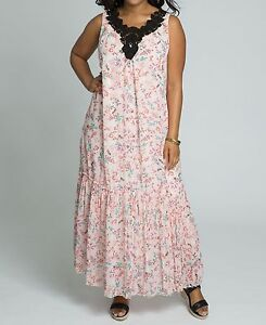 88f6261fba5 Roaman s Plus size Pale Blush Print Sleeveles Crochet Trim Maxi ...