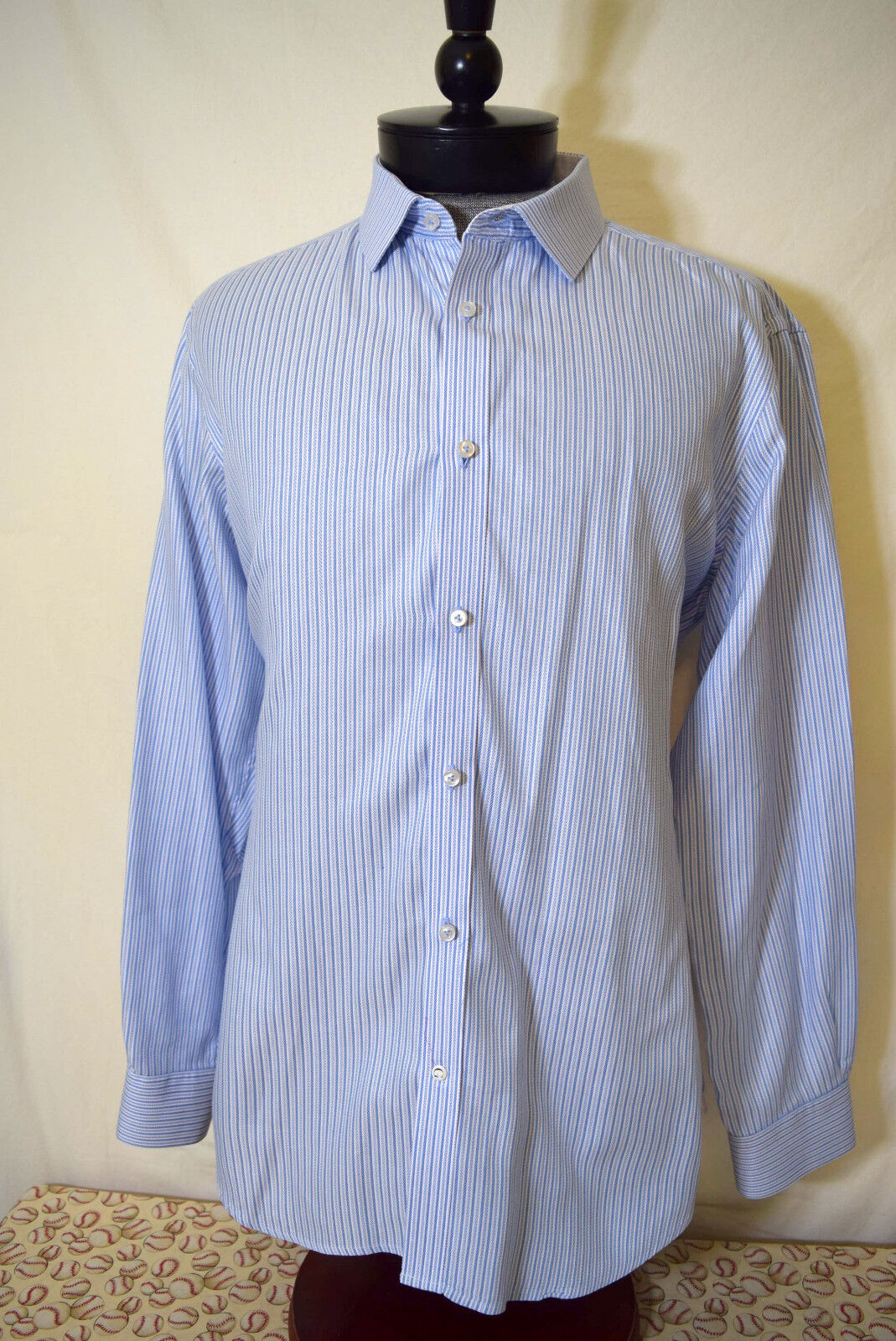 Robert Graham 42 X 16.5 Shirt Mens bluee White Striped