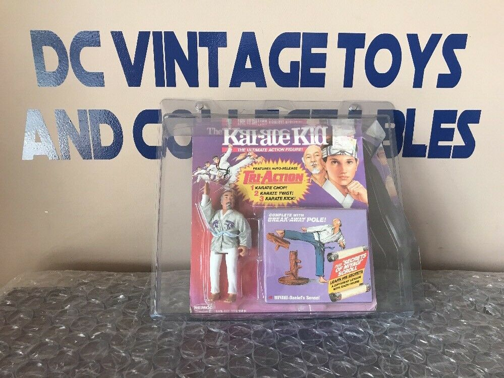 Vintage Karate Kid Toy Tri-Action Remco Mr. Miyagi Break -Away Pole