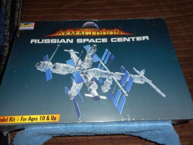 RUSSIAN SPACE CENTER MODEL KIT 1:144 SCALE ARMAGEDDON MOVIE 1998 REVELL MONOGRAM