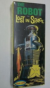 the-ROBOT-from-034-Lost-in-Space-034-Polar-Lights-1997-Factory-Sealed