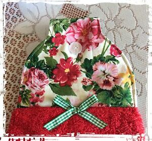 RED-Hanging-Hand-Towel-Unique-Gift-Pretty-flowers-Created-in-Australia-New