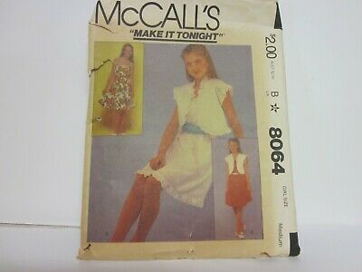 Simplicity 8064 Sewing Pattern Vintage UNCUT