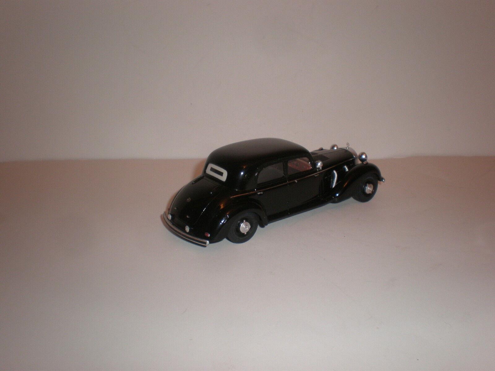 1/43 1942 -1943  MERCEDES BENZ 770K W150    Aktion P  Limousine 4583ae