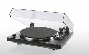 THORENS-TD235-optical-shutoff-Turntable-with-dustcover-and-cartridge