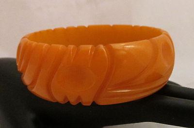 VTG Bakelite Bangle Bracelet Deep Carved Deco Dots&Squiggle Line Butterscotch